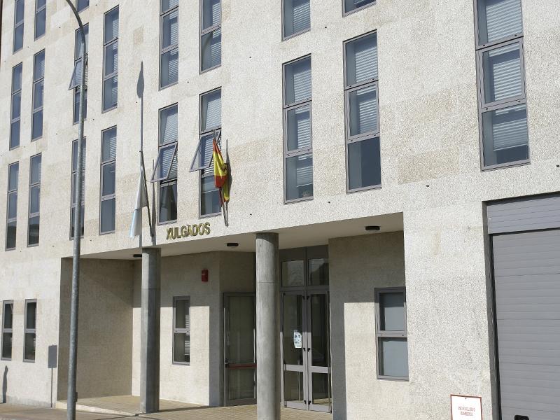 Edificio Juzgados - Cambados